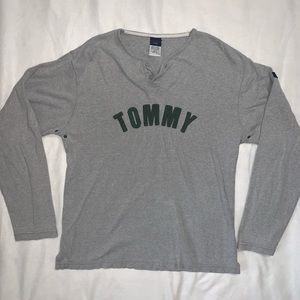 Tommy Hilfiger | Vintage Spellout Top